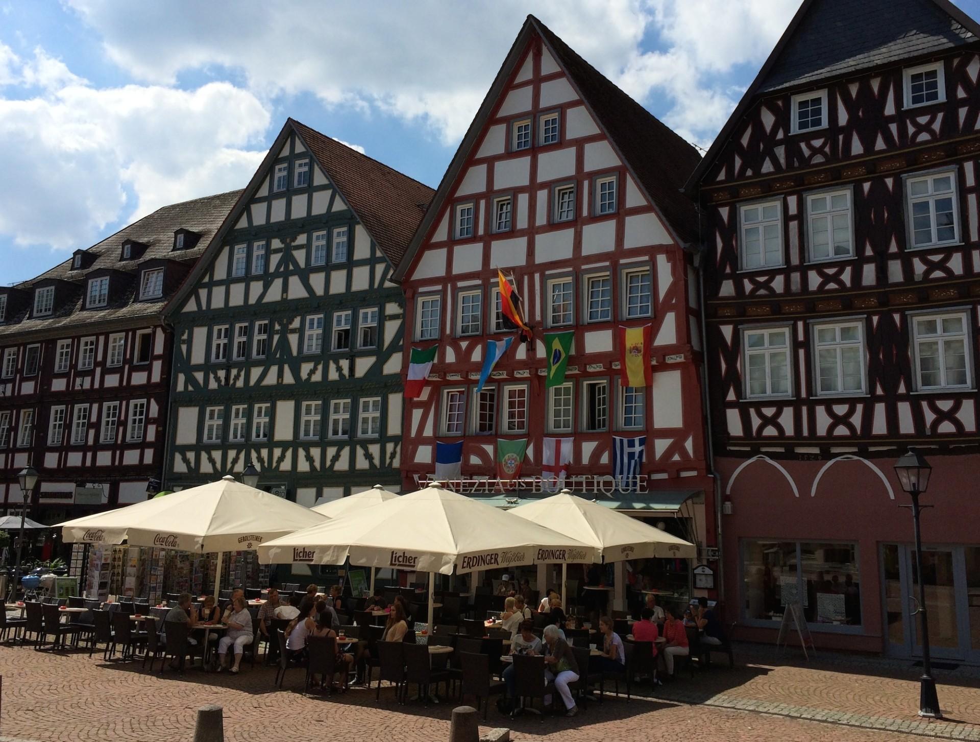 Eisdiele-Marktplatz